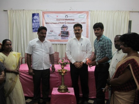 Mr. Umesh Nirma, President, Shikshana Sampanmoola Kendragala Okkuta and Mr. Rithesh Shetty, Vice Precident of Zilla Panchayath, DK inagurating the workshop.